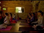 apartamentos-rurales-asturias-tierradelagua-yoga-03
